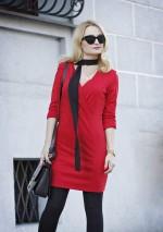 Красное платье на запах с драпировкой
