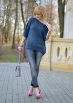 Пуловер цвета берлинской лазури