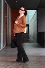 Терракотовая кофта с блузой и брюками-клеш