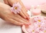 Как ухаживать за сухой, потрескавшейся кожей на руках, 5 советов